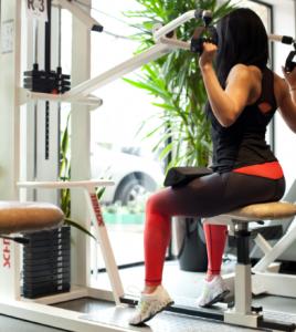 Rückentraining, Gymnastik, Wirbelsäule, Präventionstraining, Studioausstattung