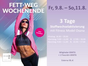 Abnehmprogramm im Studio21 in Nürnberg mit Fitness Model Oxana auf einem Werbeplakat